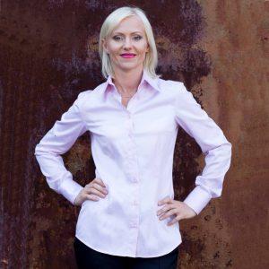 Ella Hopfeldt Women's Fitted Dress Shirts