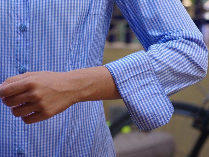 rolling up your dress shirt sleeves