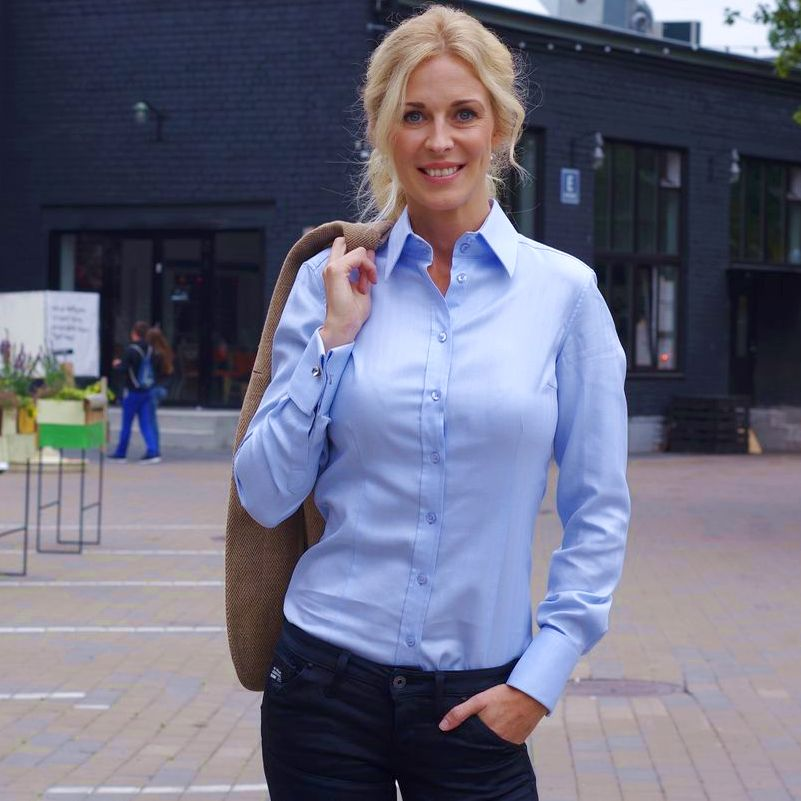 women's blue business shirt