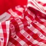 red shirt collar