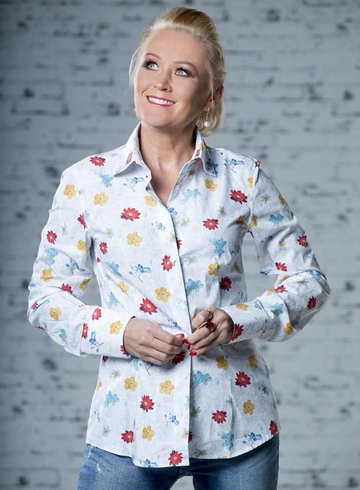 floral shirt; taljes triiksärk
