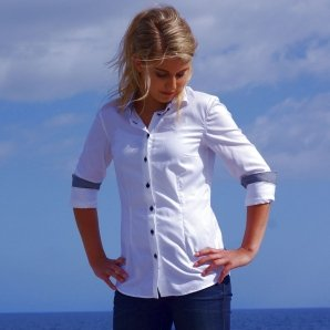 SEVILLE white shirt with black details